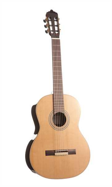 La Mancha Zafiro C Konzertgitarre 4/4 Zeder massiv
